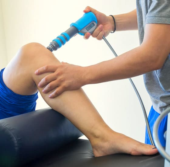 physical therapy of the knee with shock wave